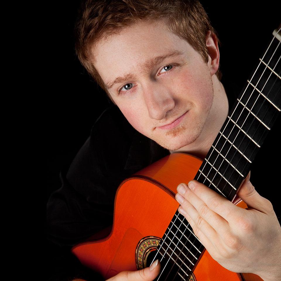 Gareth-Owen-Flamenco-Guitarist